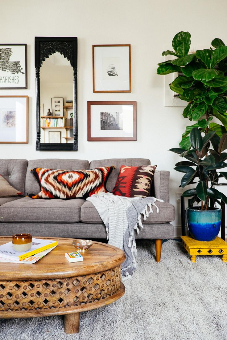 Living Room For A Small Space 17 Best Images About Small Space Living On Pinterest Nyc Studio