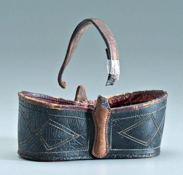 323: Southern leather key basket, : Lot 323