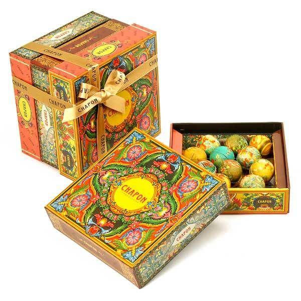 11689 0w0h0 chapon chocolatier box opale chocolate pralines