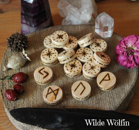 Handgefertigtes Runen Orakel Set