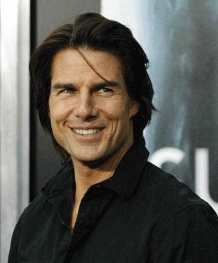 Not a huge Tom Cruise fan but I am definitely a fan of this pic. Meow!