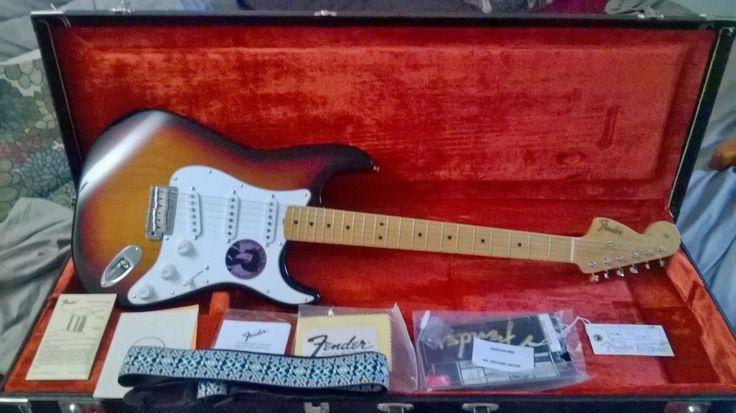 1997 Fender USA Jimi Hendrix Voodoo Stratocaster w/ OHSC RARE TSB MINT