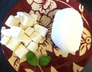Fresh Paneer Homemade in 10 minutes