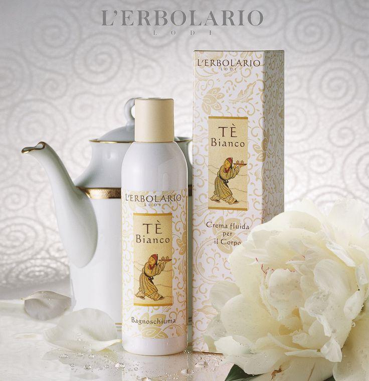 Una tazza di #tèbianco, una #coccola...ed è così che vorremmo passare questo #venerdì pomeriggio! http://www.erbolario.com/linee/56-te-bianco