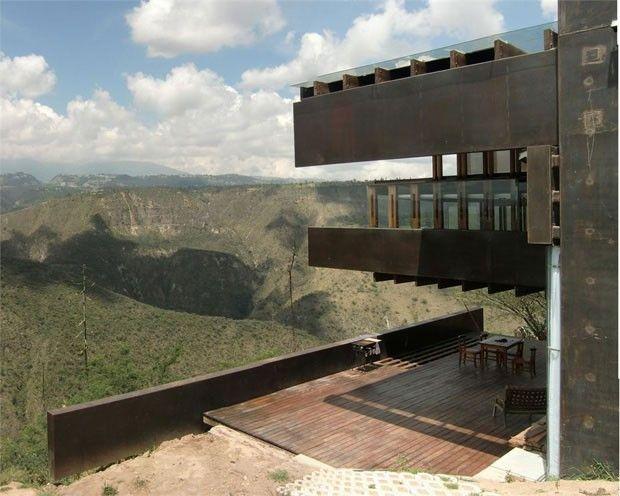 casa em Puembo, Equador, assinada pelos arquitetos José Maria Saez Vaquero e Daniel Moreno Flores - 02