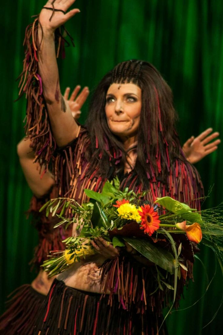 Willemijn Verkaik as Kala in Tarzan das Musical!