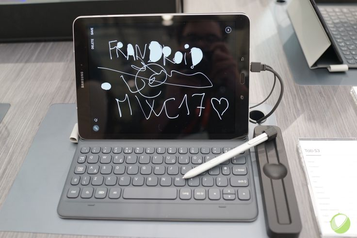 Prise en main de la Samsung Galaxy Tab S3, l'alternative à l'iPad Pro - http://www.frandroid.com/marques/samsung/414520_prise-en-main-de-la-samsung-galaxy-tab-s3-lalternative-a-lipad-pro  #MWC, #Prisesenmain, #Samsung, #Tablettes