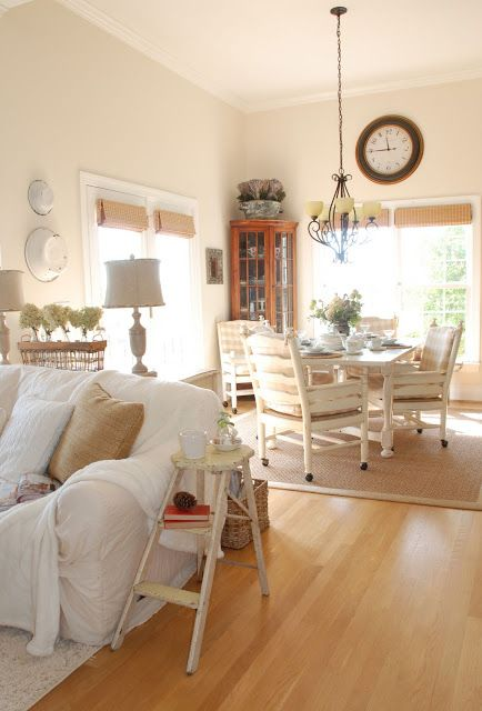 {the vintage wren}:: my breakfast nook