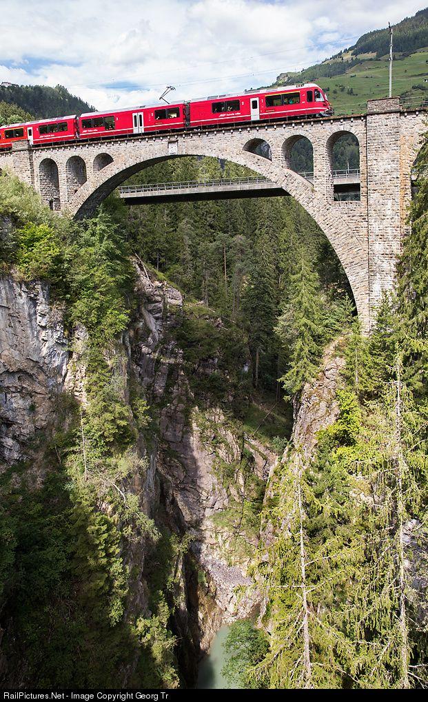 3511 RhB - Rhätische Bahn ABe 8/12 at Tiefencastel, Switzerland by Georg Trüb