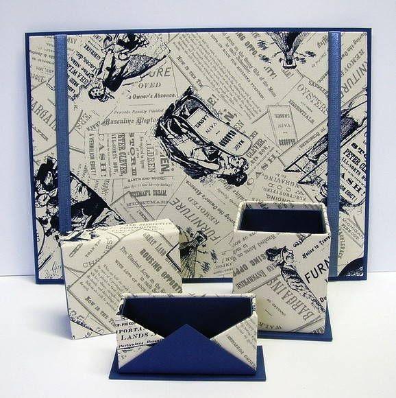 Organizador de mesa de escritório em cartonagem, revestido em tecido estampado e papel.  Este kit contem: 01 risque rabisque para folhas A4 01 porta lápis 01 caixa porta trecos 01 porta cartões de visita ou papéis lembrete R$ 75,00