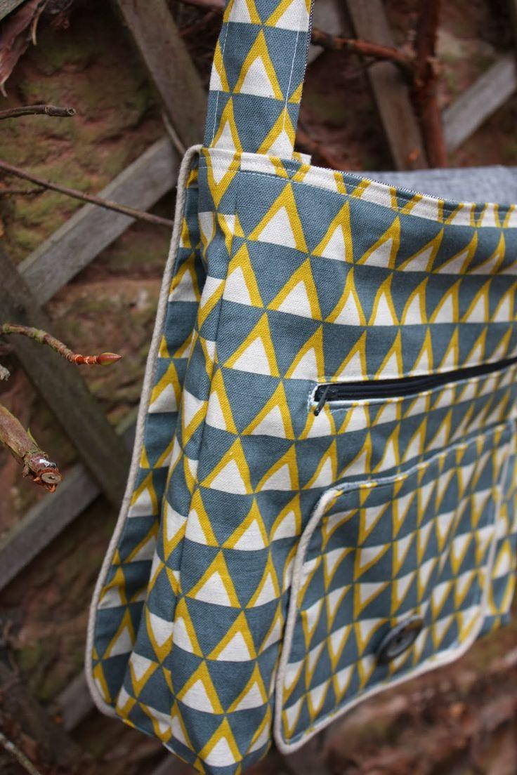 Forest Poppy Linen Messenger Bag