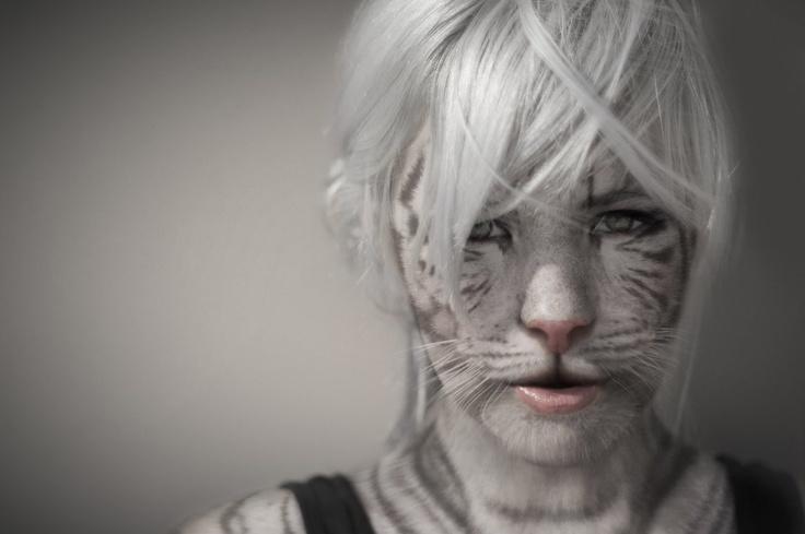Anthro white tigress - photo#26