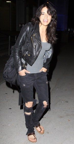 Michelle Rodriguez Fashion and Style - Michelle Rodriguez Dress, Clothes, Hairstyle - Page 5