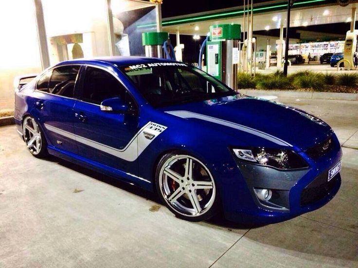 This is gorgeous! A beautiful Ford FPV GT 335