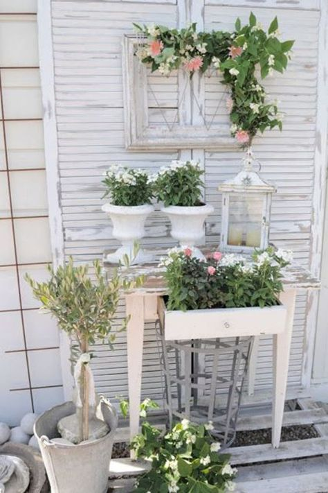 Make shabby chic yourself: the romantic look for your home
