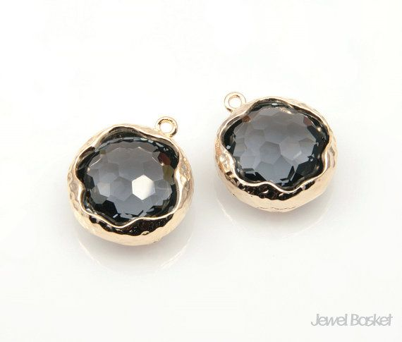 Charcoal Color Faceted Glass and Gold Framed Round Pendant / 14mm / SCCG056-P (Small Size)  - Highly Polished Gold Frame (Tarnish Resistant) - Charcoal Color Faceted Glass - Brass and Glass / 14mm - 2piece / 1pack