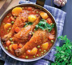Sanatoasa, satioasa si usor de facut, tocana de mazare cu pui este reteta perfecta pentru un pranz in familie.