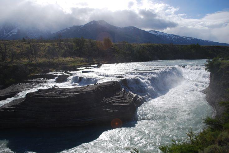 Salto en Torres Del Paine