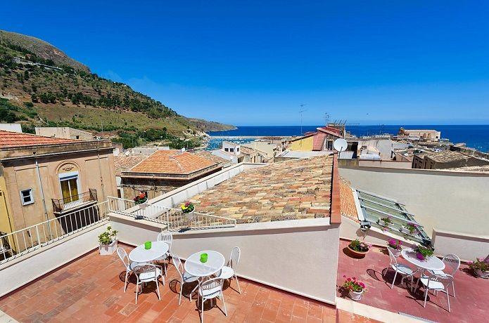 http://www.htlreservation.com/swap.aspx?Htlreservation=4-Canti-Castellammare-del-Golfo