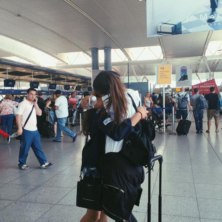 Best Friends #Reunited #BFF #Airport