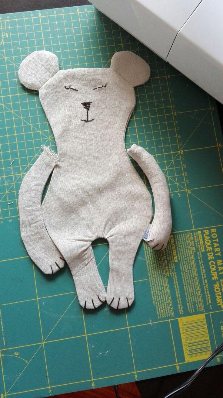 Prototipo nueva coleccion Flofy. El encanto de los Pequenos Gigantes pero para los más pequenos. Seguro para uso en bebes. Encuéntralo en la tienda en Etsy, Amazon Handmade o contáctanos por Facebook (@flofyco)