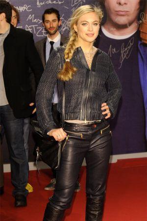 Julie Engelbrecht at Filmpremiere von JONAS
