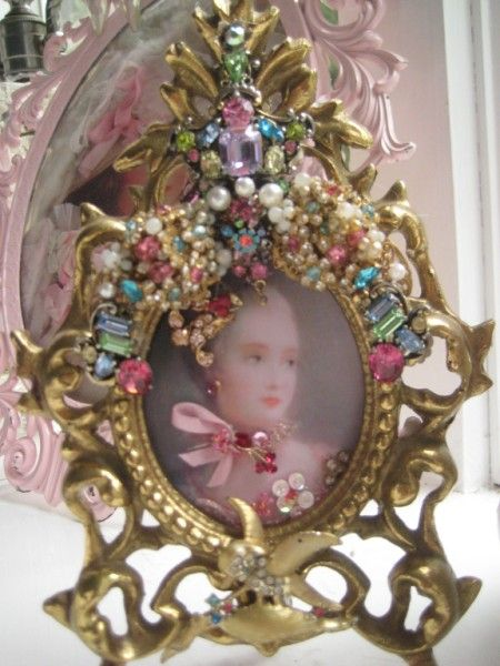 Greatest 127 best JEWELED FRAMES AND MIRRORS images on Pinterest | Frames  SL12