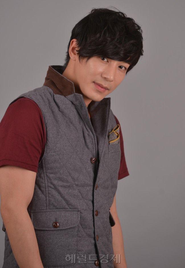 jin yi han | ... de « http://es.drama.wikia.com/wiki/Jin_Yi_Han?oldid=709381