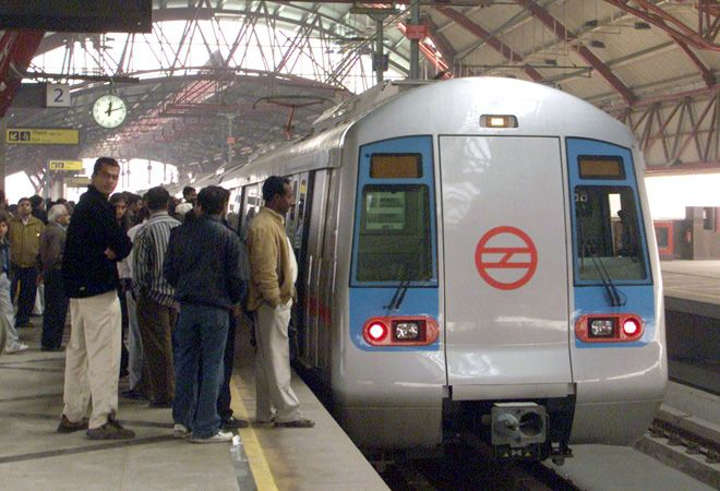 Eight more trains on Delhi Metro from today on Today New Trend http://www.todaynewtrend.com