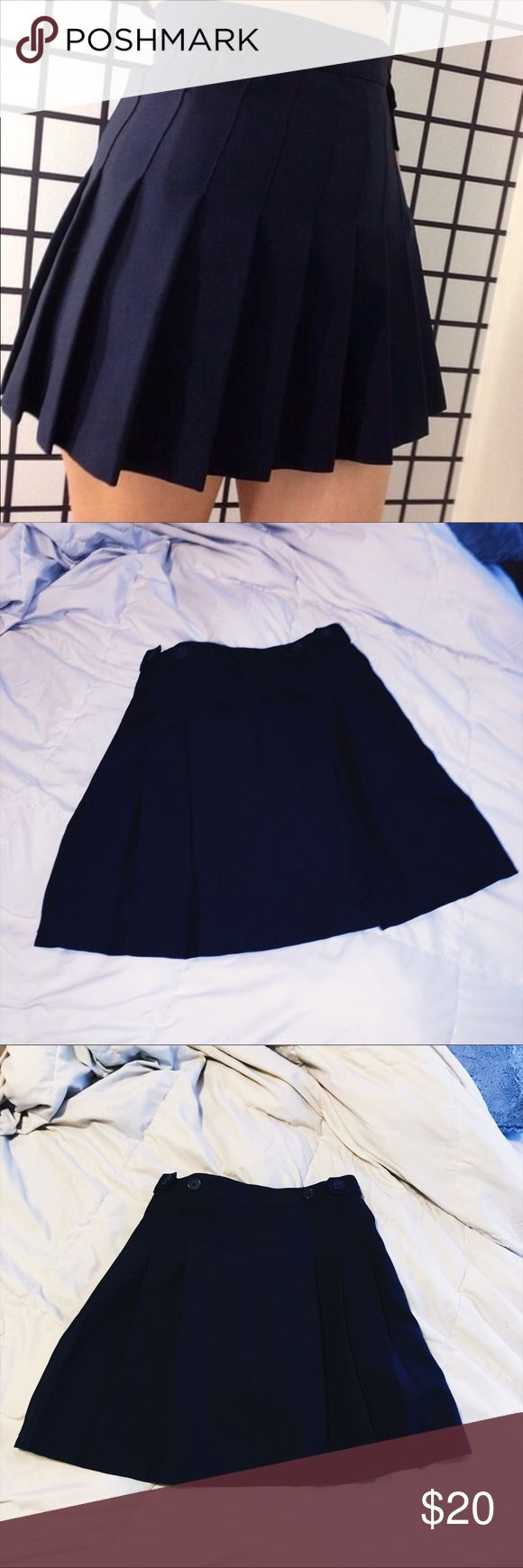 📚 Navy Blue Pleated Schoolgirl Mini Skirt 📚 Navy Blue Pleated Schoolgirl Mini Skirt Size 0  High waisted - High Waisted  Zips on the side with buttons  All around pleated  Chaps by Ralph Lauren  Perfect condition Urban Outfitters Skirts Mini
