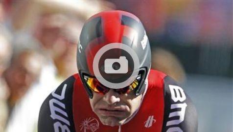 Chez soi: J´ai perdu la chance de vivre une romance, pour cela, ma vie ne favorise pas.  Libération: Le sport au jour le jour.   Chez soi: le sport de l´amour  GRAND PERDANT - Cadel Evans et l'encadrement de l'équipe BMC ont minimisé les conséquences de la victoire de Bradley Wiggins lundi dans le contre-la-montre de la 9e étape, qui laisse le vainqueur du dernier Tour de France à 1 minute 53 secondes de son rival au classement général.