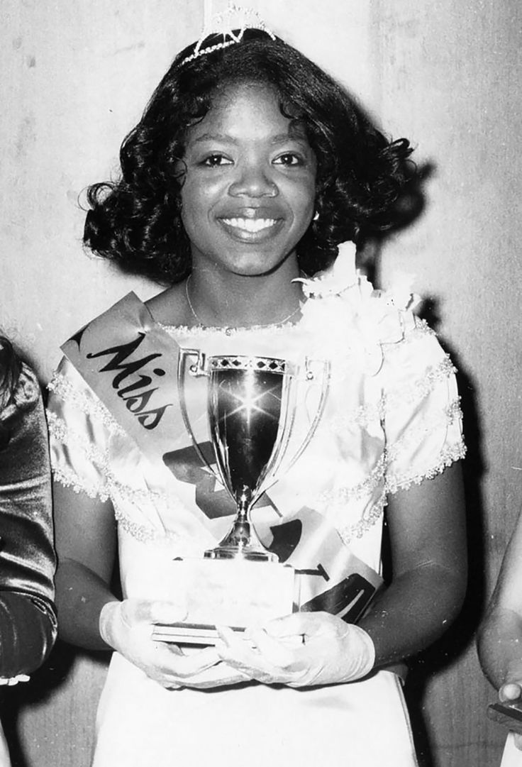 Oprah Winfrey in the Miss Black America competition in 1971.
