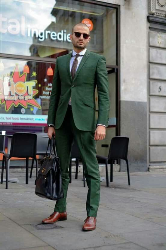Traje en verde