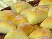 Gostosuras Sem Glúten: Esfihas de Batata sem glúten- parece mais consistente a massa