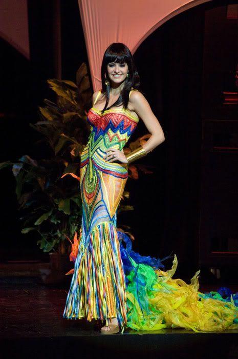 National costumes at Miss Universe 2009 (50 pics) Columbia