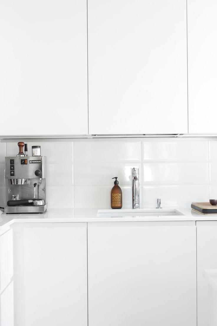 17 beste afbeeldingen over keuken op pinterest wijnrekken keuken interieur en lampen - Kombuis keuken ...