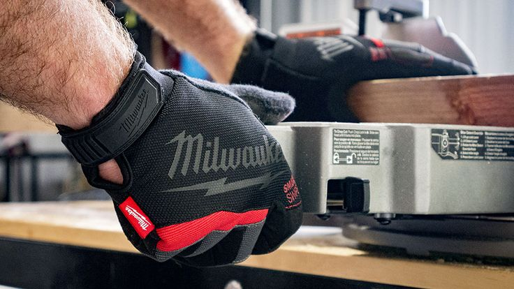Milwaukee Performance Work Gloves  #MilwaukeeTool doesn't just create a new products without stepping it up a level from the norm and their new #Performance #WorkGloves are no exception.   #tools #powertools #safety #workwear #PPE #gloves #construction #remodeling #demolition  http://www.protoolreviews.com/tools/safety-workwear/milwaukee-performance-work-gloves-review/26165/
