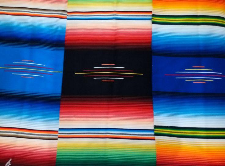 Sarape de Saltillo #mantel #mesamexicana #sarape #mexicandecoration #mexicanblanket #decoraciónmexicana #artesanal #enviogratis #comprasegura #compraonline #boho #bohohome