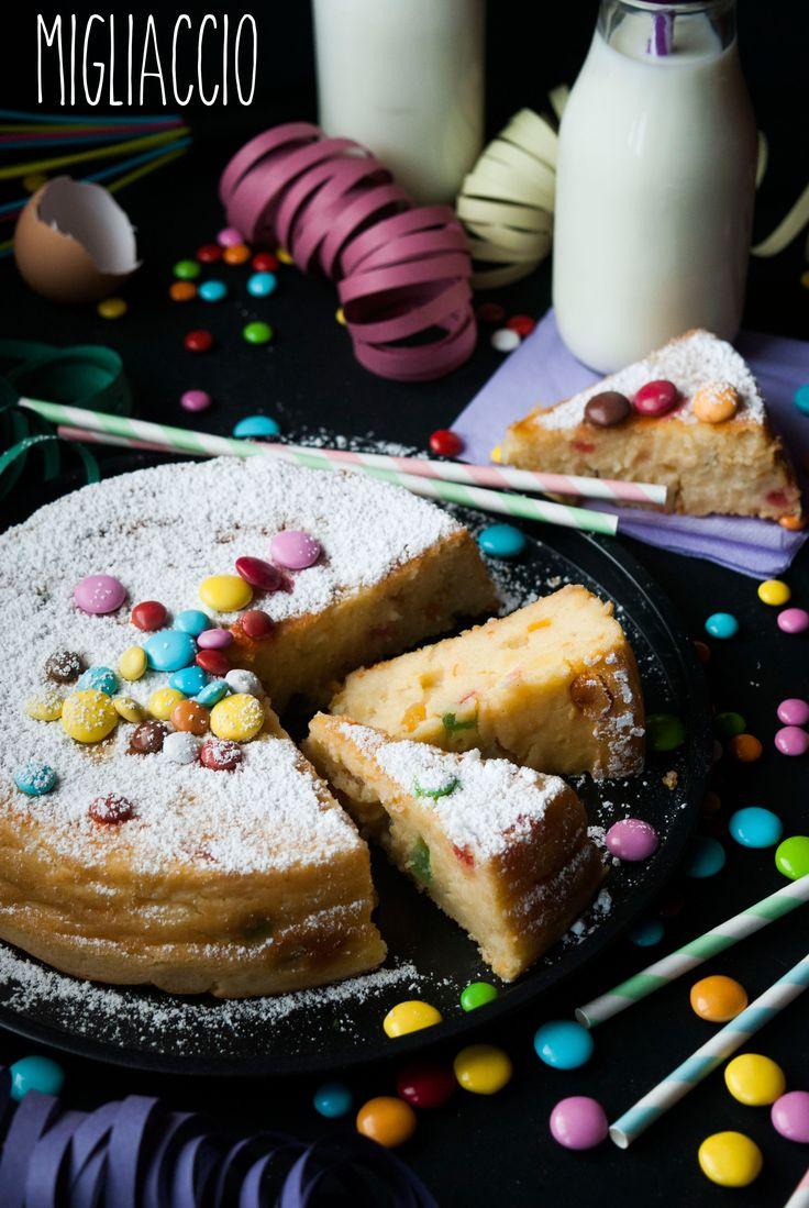 MIGLIACCIO è un dolce di #Carnevale tipico della Campania; una torta morbida di semolino cotto nel latte, aromatizzato con la scorza d'arancia, unito con un impasto a base di uova, zucchero e ricotta poi passato in forno. Come ogni dolce tradizionale può essere preparato con tantissime ricette, che variano leggermente. La variante salata è tipica del periodo Pasquale e fatta con farina di mais. #Gourmet #Foodie #FoodBlogger#CarnevaliLuigi https://www.facebook.com/IlBuongustaioCurioso/