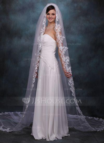 Voiles de mariage - $49.99 - 1 couche Voiles de mariée cathédrale avec Bord en dentelle (006020359) http://jjshouse.com/fr/1-Couche-Voiles-De-Mariee-Cathedrale-Avec-Bord-En-Dentelle-006020359-g20359