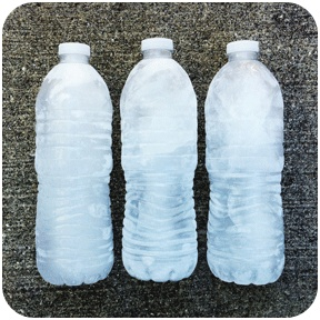 Freeze water in plastic bottles the night before you leave. Take it out in the morning and as it melts you'll have ice cold water! onstarconnections.com | #water #ice #tips #kids #travel #onstarPlastic Bottles, Kids Travel, Onstarconnections Com, Freeze Water, Cold Water, Travel Onstar, Roads Trips, Water Ice, Ice Cold