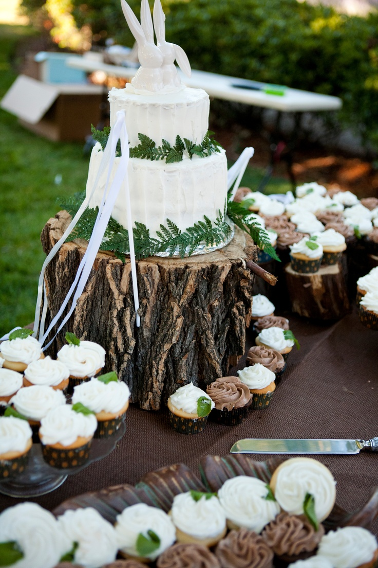 rustic wedding cake pics 17 best ideas about wood wedding cakes on wood 19547