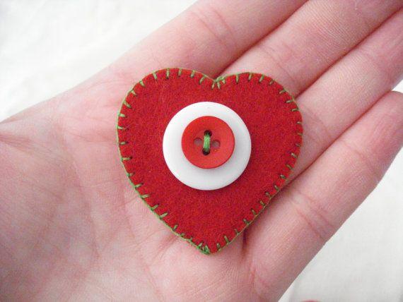 Felt heart brooch Red heart pin Valentine's day brooch by Poppyg