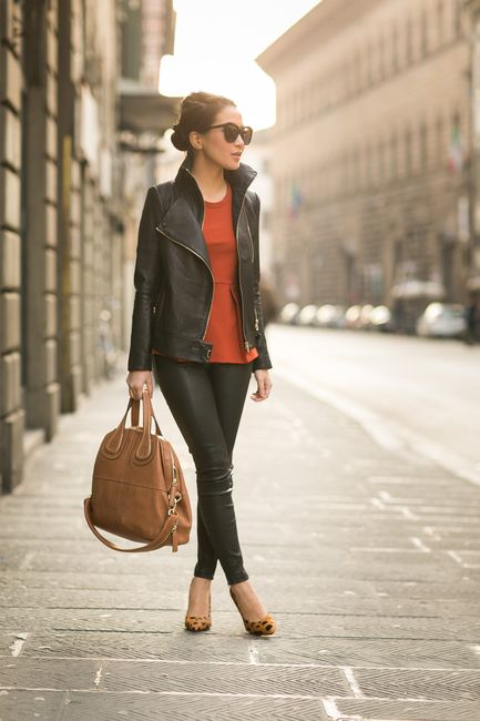 Firenze Streets :: Wrapped jacket & Animal prints