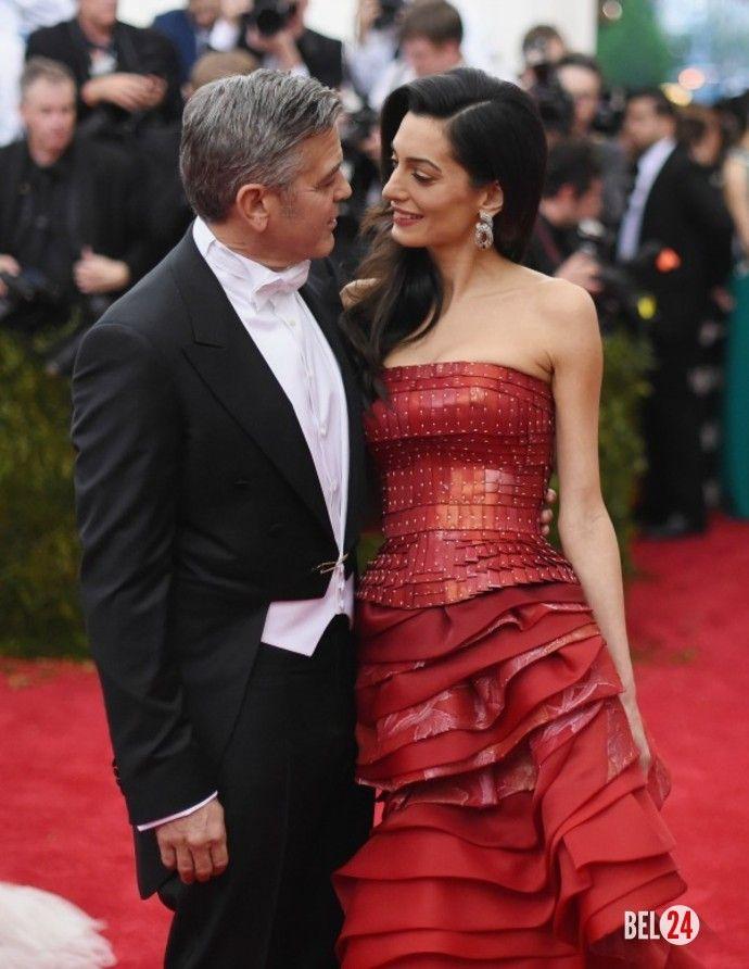 Джордж Клуни не планирует заводить детей Актер признался, что не хочет становиться отцом в ближайшее времяВ Голливуде сейчас нет более красивой и обсуждаемой пары, нежели Джордж и Амаль Клуни. Совместные ужины, романтические визиты на съемочную площадку – за к�