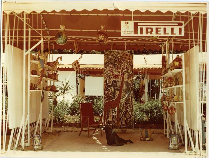Vedute dello stand Pirelli al III Festival Internazionale del Bambino di Palermo del 1957. Esposizione di giocattoli Pirelli - Rempel