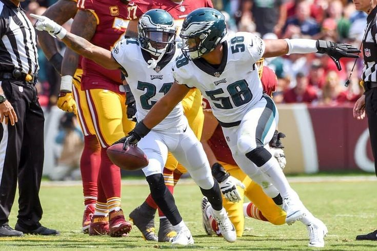 "Join with me @philadelphiaeagles24h .  ""For some reason a lot of people dont believe in Jordan Hicks anymore which I dont understand at all. Yes hes gotten hurt. In college he only played 1 full season and in his 3 years in the NFL hes played one 16 game season. I get that but the idea the Eagles need to let Hicks go that they should cut him or trade him is asinine to me. In 2015 Jordan Hicks played at a Pro Bowl level as a second year player at the age of 24. Hicks was set up for a breakout…"