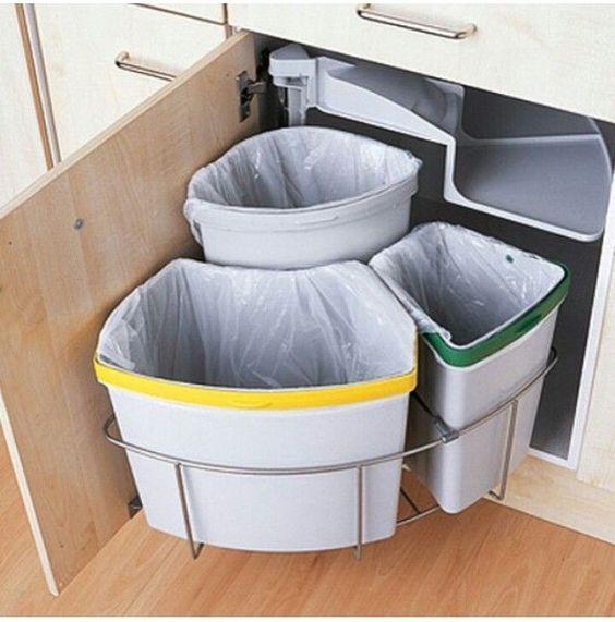 Kitchen Bin Storage Ideas: 25+ Best Ideas About Kitchen Trash Cans On Pinterest