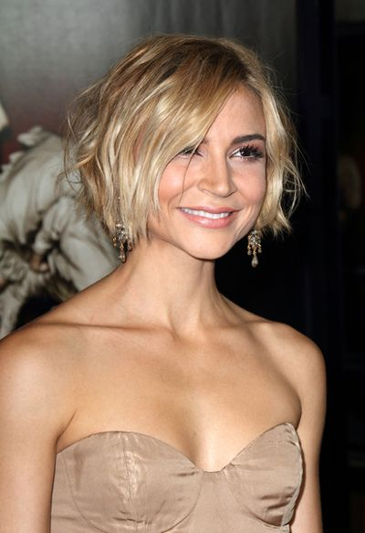 Samaire Armstrong's messy, bob hairstyle