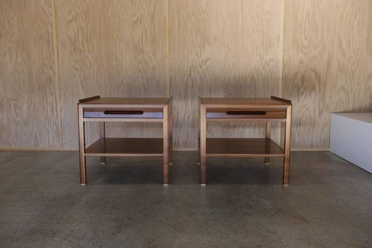 Large-Scale End Tables by Edward Wormley 8
